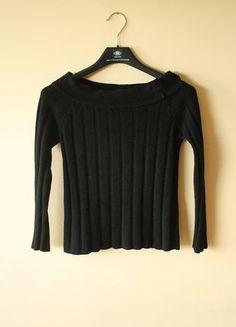 Kup mój przedmiot na #vintedpl http://www.vinted.pl/damska-odziez/swetry-z-dekoltem/18789149-sweterek-w-prazki-z-dekoltem-typu-lodka-odkryte-ramiona-cold-shoulder-hiszpanski-crop-top
