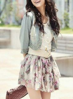 Floral skirt. White Shirt. Denim jacket