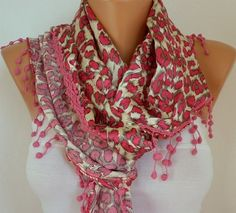 Love this scarf!