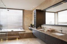 Residential Project by Adriana Hoyos - Perezalaya #hoyos #bathroom #interiordesign #contemporary