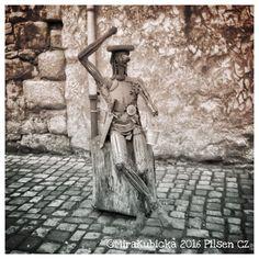 Ashtray in Pilsen Czech Republic #ashtray #sculpture #statue #art #old #starasladovna #pilsen #plzeň #plzen #metal #DiscoverCZ #czech #cz #czdsgn #czechia #czechrepublic #české #česko #českárepublika #heritage #history #wall #2016 #world #street #smoking