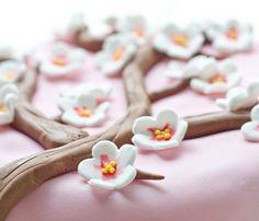 Tuto fleurs de cerisier et branches en pâte à sucre {Niveau Débutant}