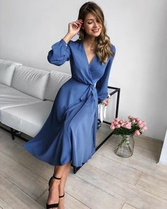 Classy Outfits For Women Casual Fashion Ideas Chic Elegant Dresses Classy, Elegant Dresses For Women, Classy Dress, Classy Outfits, Pretty Dresses, Classy Casual, Beautiful Dresses, Simple Elegant Dresses, Elegant Clothing