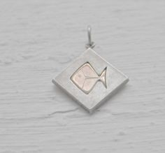 Finnish Elis Kauppi for Kupittaan Kulta Vintage Modernist Silver Hallmarked Fish Pendant Cool Fish, Finland, Cool Stuff, Trending Outfits, Unique Jewelry, Handmade Gifts, Accessories, Etsy, Vintage
