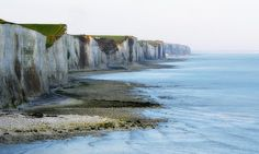 The chalk cliffs of Aul