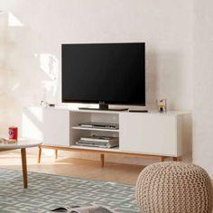 Rack Branco 2 Gavetas Lindholm Bad Ragaz, Tv Rack, Television Stands, Casa Clean, Little Houses, New Homes, Sweet Home, Sofa, Living Room