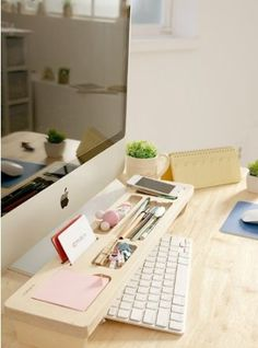 112 best office images desk desk office desktop rh pinterest com