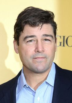 Kyle Chandler at the NY premiere of 'The Wolf of Wall Street.' Grooming by Kumi Craig.