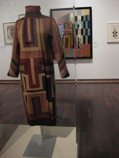 "Sonia Delaunay at the Tate <meta property=""og:title"" content=""How to dress for summer as an older woman"" /> <meta property=""og:description"" content=""the grown-up guide to great style"" /> <meta property=""og:type"" content=""article"" />"