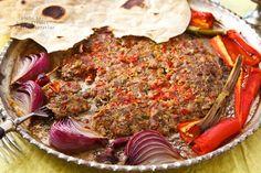 Zebzeli Tepsi Kebabı/Tray Kebabs with Vegetables