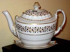 Barr Worcester 'Worcester shape' hard paste porcelain 7.25 ins  high c.1800
