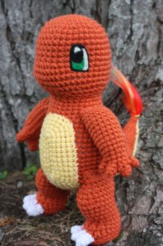 What's the go-to pal for Pokemon GO trainers in need of a real life buddy to take on their Pokejaunts? A cute and cuddly amigurumi plushie, of course. In my quest to catch 'em all, I rounded up three of the best free Pokemon crochet patterns. Crochet Diy, Crochet Simple, Crochet Crafts, Crochet Dolls, Crochet Projects, Ravelry Crochet, Pokemon Crochet Pattern, Crochet Amigurumi Free Patterns, Amigurumi Tutorial