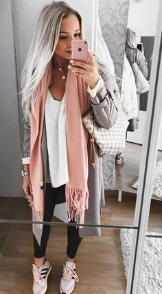 charming fall outfits ideas for women that looks cool 18 ~ my. charming fall outfits ideas for w. Casual Fall Outfits, Fall Winter Outfits, Spring Outfits, Autumn Casual, Look Fashion, Autumn Fashion, Fashion Casual, Fashion Design, Mens Fashion