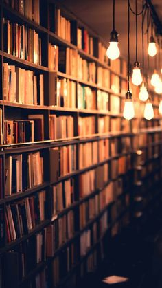 Free stock photo of lights, books, blur, bulb - Bücher Book Wallpaper, Nature Wallpaper, Screen Wallpaper, Wallpaper Backgrounds, Book Photography, Creative Photography, Light Photography, Uplifting Books, Book Aesthetic