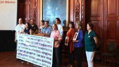 Atiende gobernador de Chihuahua a familias de personas desaparecidas