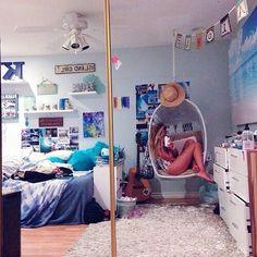 Surfer girl rooms, surfer bedroom, girls surf room, teen beach room, teen g Dream Rooms, Dream Bedroom, Girls Bedroom, Surf Theme Bedrooms, Awesome Bedrooms, Cool Rooms, Tumbler Bedrooms, College Bedroom Decor, Surf Room