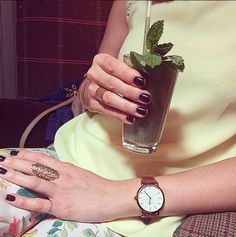 Customers wearing Banneya products | The Honeycomb ring in 18 carat gold. Carat Gold, Honeycomb, London, Rings, How To Wear, Accessories, Products, Ring, Honeycombs