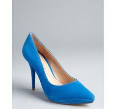 http://vcrid.com/pour-la-victoire-electric-blue-suede-daina-point-toe-platform-pumps-p-4007.html