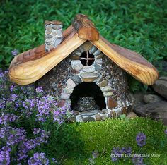 Rock toad house <3