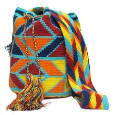 www.mochilaswayuubags.com whatsapp +57 320 345 9226 #wayuu #crochet #handmade #crochet #boho #bohostyle #bohochic #hippie #cartagena Tribal Bags, Tapestry Crochet, Plaid Scarf, Crochet Projects, Boho Fashion, Boho Chic, Purses And Bags, Crochet Bags, Knitting
