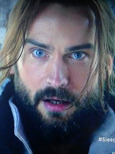 Blue eyes - from finale S1.
