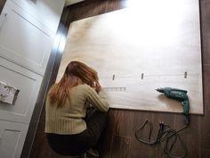 DIY: cómo hacer un cabecero con capitoné. | Decoración Decoration, Mirror, Home Decor, Headboards, Bedrooms, Furniture Redo, How To Make Headboard, Home Decor Ideas, Decorating Ideas