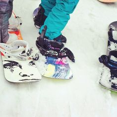 Strap in & get out #ROXYsnow  See our quiver collection on our snow experience