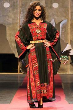 Hebron (al Khalil) thob Arab Fashion, Ethnic Fashion, Womens Fashion, Eastern Dresses, Palestinian Embroidery, Historical Women, Pants For Women, Clothes For Women, African Fashion Dresses