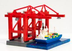 lego-microscale: micro port (by Dark-Alamez) Lego Titanic, Lego Boat, Micro Lego, Lego Building Blocks, Lego Ship, Lego System, Lego Trains, Lego Construction, Lego Worlds