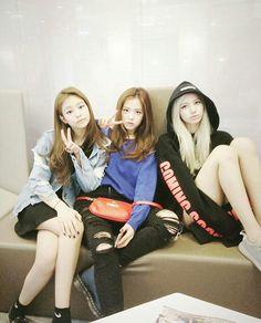 BLACKPINK • Lalisa manoban, Jennie Kim & Kim Jisoo ❤  (Pre Debut)