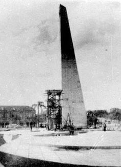 Obelisco da Praça 19 de Dezembro