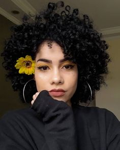 Lace Frontal Wigs Light Skin Curly Hairstyles Everyday Hairstyles For Curly Hair Best Women Curly Wigs Hairstyles For Messy Curly Hair Messy Curly Hair, 3c Hair, Curly Hair Cuts, Curly Wigs, Curly Hair Styles, Natural Hair Styles, Frizzy Hair, Short Natural Curly Hair, Long Curly