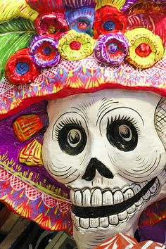 Day of the Dead Paper Mache Catrina Mexican Crafts, Mexican Folk Art, Mexican Style, Mexico Day Of The Dead, Day Of The Dead Skull, Chicano, All Souls Day, Mexican Holiday, All Saints Day