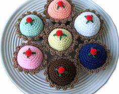 Crocheted Tart Pincushion, Dessert Pincushion