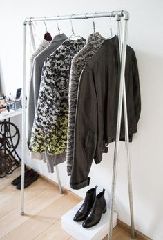 Clothing rack - DIY