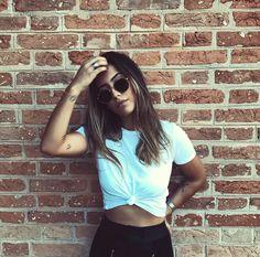 New photography poses urban posts Ideas Teen Photography, Editorial Photography, Fashion Photography, Selfie Foto, Insta Photo Ideas, Tumblr Fashion, Foto Pose, Dance Photos, Female Portrait