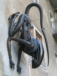alien statue by h.r. giger - H.R. Giger has some amazing artwork.