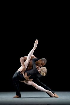Melissa Hamilton and Eric Underwood in Infra, Royal Ballet - Photo Bill Cooper