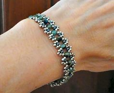 Linda's Crafty Inspirations: Bracelet of the Day: Crystal Chain Variation
