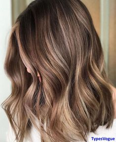 We Love this next Hair Color ideas for ideal girls and women Must try in 2018. This Color Combination is unique, classic and latest Hair Color styles to show you in 2018. If you want to wear this color for the new year or any other festival then try to adding some different shade to give you more fabulous look. We Hope you like it this Hair color styles.
