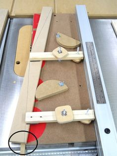 Homemade Table Saw Dovetail Jig