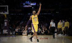 Kobe退休得到的祝福、致敬、禮待,是我看NBA以來未見的。即使是籃球之神退休,也未有這樣的待遇。或者,因為他不是神,是最「接近神的男人」。