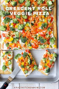 A flakey crust topped with creamy herby dill dip and topped with fresh vegetables. It's perfect for a light lunch or a party appetizer any time of the year. Crescent Roll Veggie Pizza, Veg Pizza, Crescent Rolls, Appetizers For Party, Appetizer Recipes, Veggie Appetizers, Christmas Appetizers, Dessert Recipes, Desserts