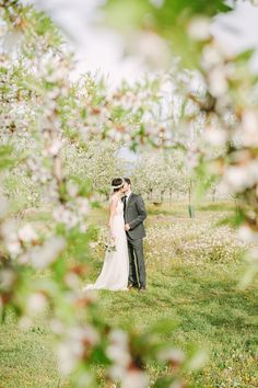 Photography: Studio A+Q - www.studioaq.com  Read More: http://www.stylemepretty.com/destination-weddings/2014/09/17/romantic-provence-inspiration-shoot/