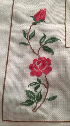 Yamileth Azofeifa's media content and analytics Cross Stitch Bird, Simple Cross Stitch, Cross Stitch Borders, Cross Stitch Flowers, Cross Stitching, Hand Embroidery Stitches, Cross Stitch Embroidery, Embroidery Patterns, Cross Stitch Patterns Free Easy