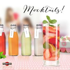 Let moms-to-be join the fun with a mix 'n match mocktail juice bar! #babyshower