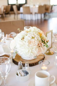 Rustic peach and cream flowers