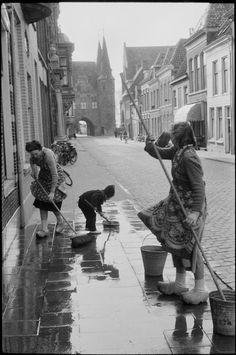 Henri Cartier-Bresson View profile NETHERLANDS. Gelderland. Kampen. 11956.