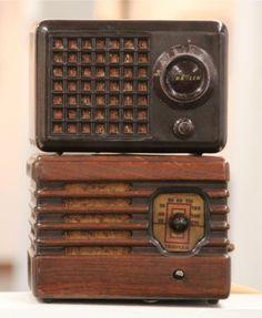 Vintage Bakelite Radios (SOLD)