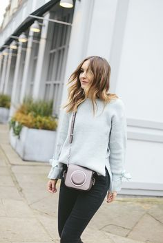 (Jumper: Topshop , Jeans: Urban Outfitters , Bag: C/O Michael Kors , Boots: & Other Stories )  Photos by Joe Galvin   It's the peri...